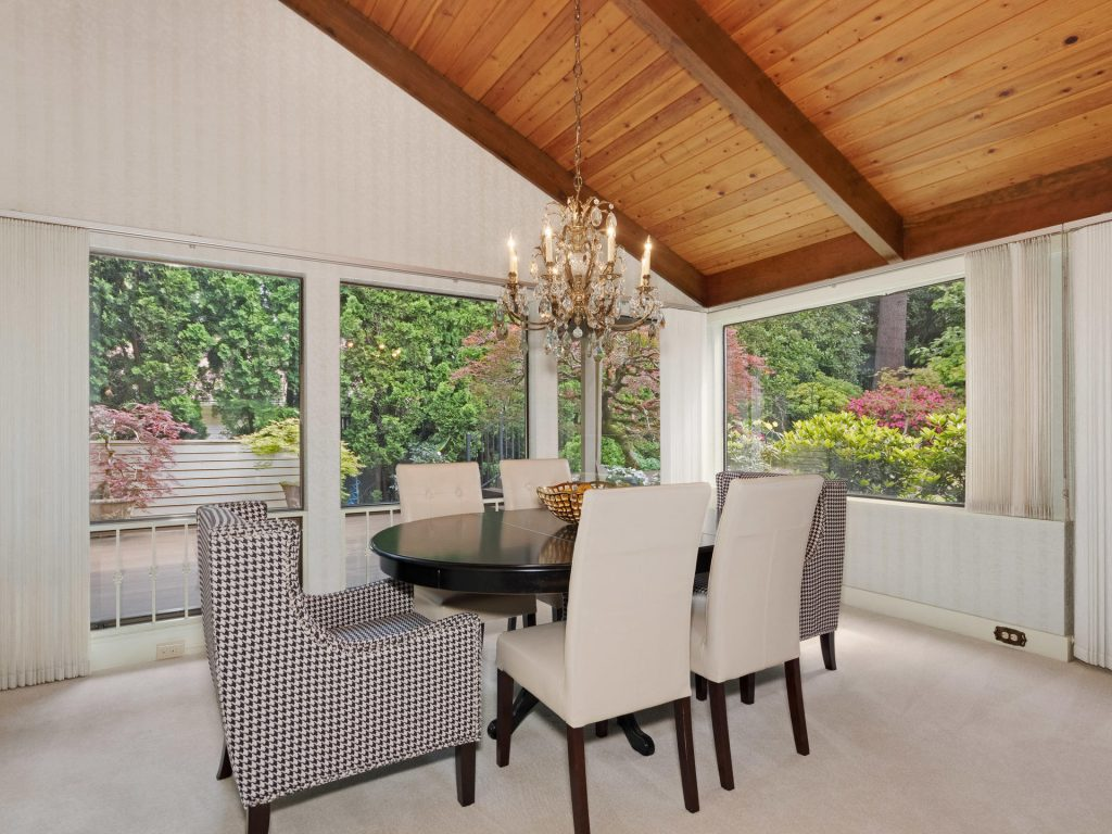 2530 SW Scenic Dr Portland OR-MLS_Size-011-28-Dining Room-1920x1440-72dpi