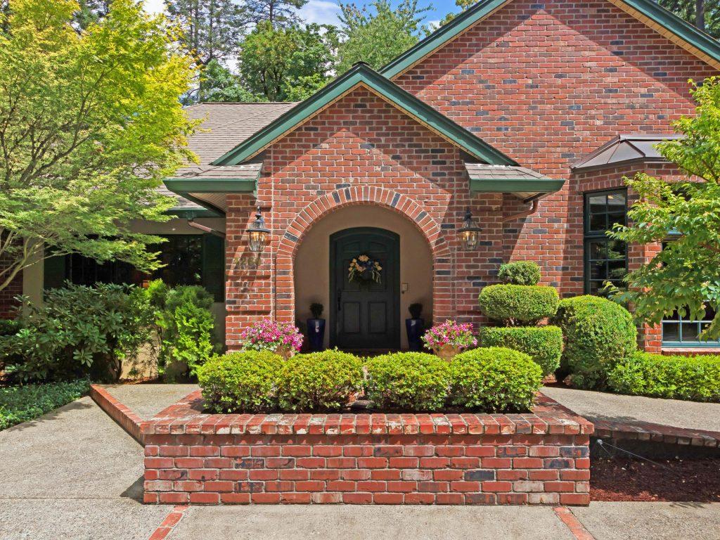 4260 SW Charming Way Portland-003-16-IMG 1052-MLS_Size