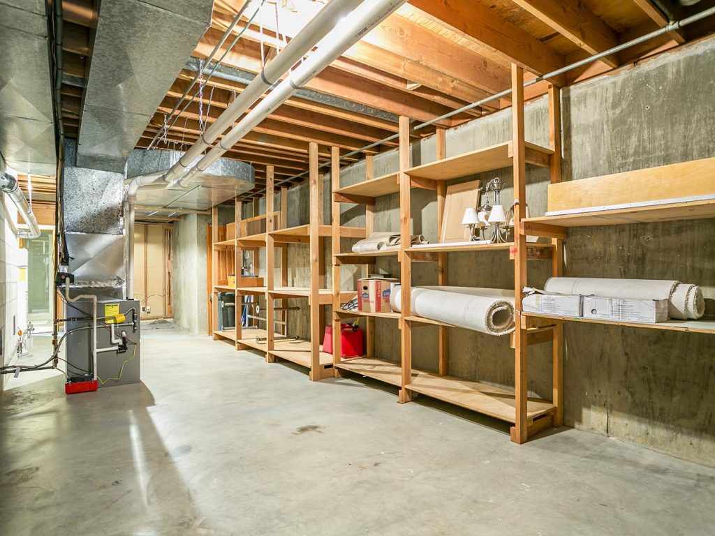 Large Utility Room