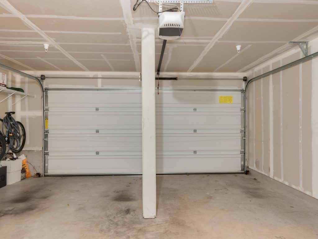 10731 SW Canterbury Ln Unit-023-9-2 Car Garage-MLS_Size