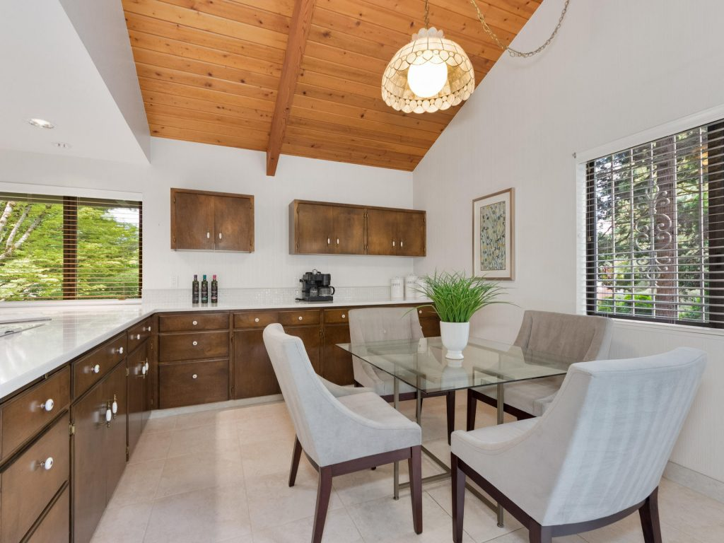 2530 SW Scenic Dr Portland OR-MLS_Size-015-17-Nook-1920x1440-72dpi