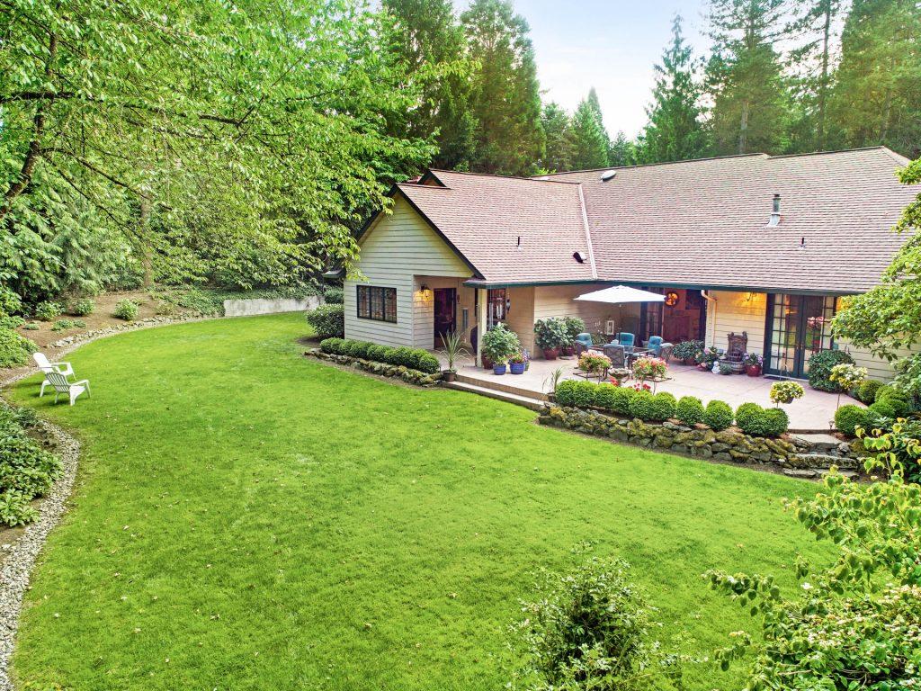 4260 SW Charming Way Portland-036-48-DJI 0331-MLS_Size