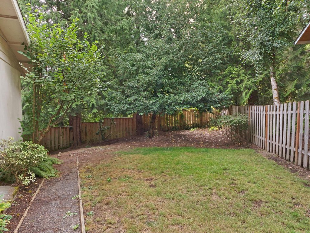 6690 SW Parkwest Ln Portland-028-11-Side Yard-MLS_Size