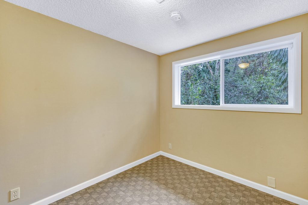 031-3620SW70thAve-Portland-OR-97225-small